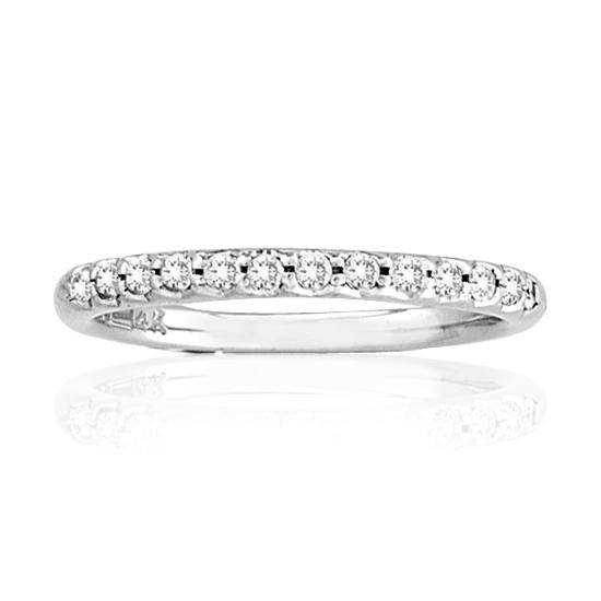 14k Gold wedding Band with 0.18cttw od Diamonds